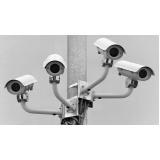 câmeras de segurança na Metropolitana de Curitiba